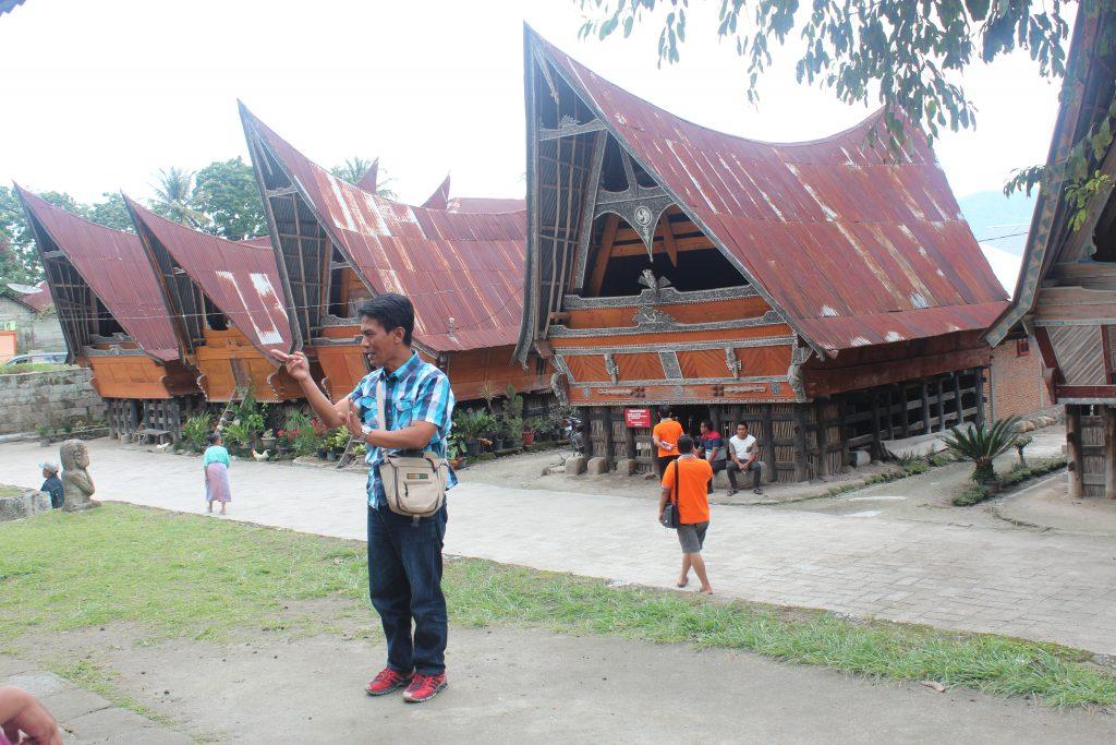Penerangan tentang kemistikan masyarakat Batak dulu-dulu