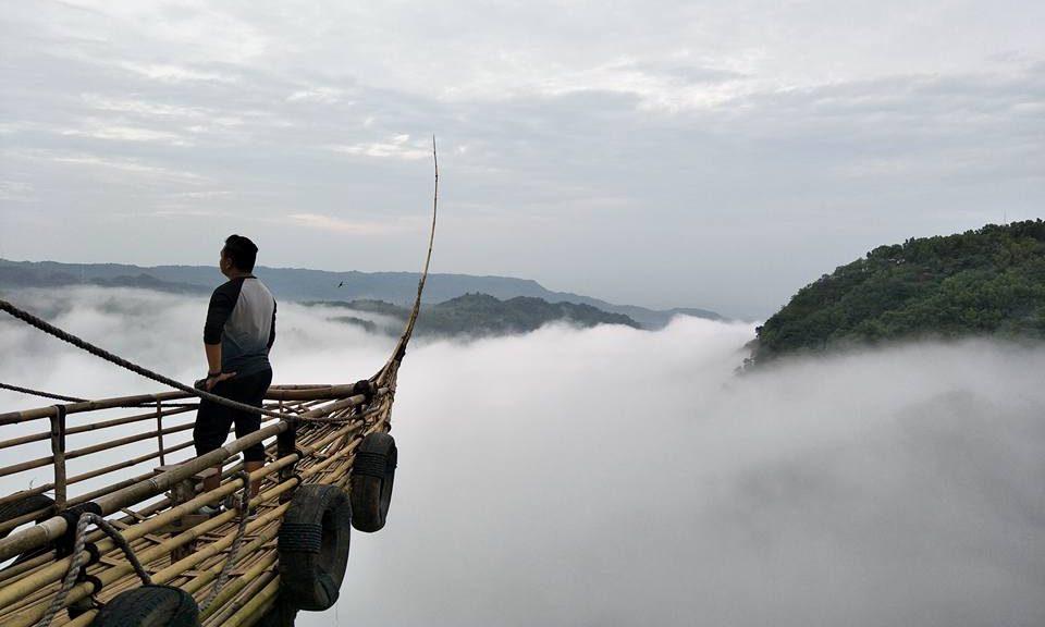 atas awan